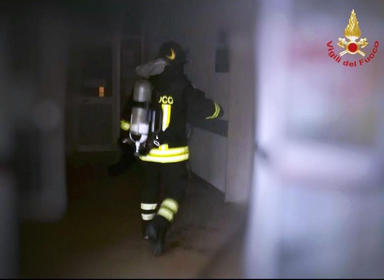 incendio sotterranei ex ospedale di summa-2