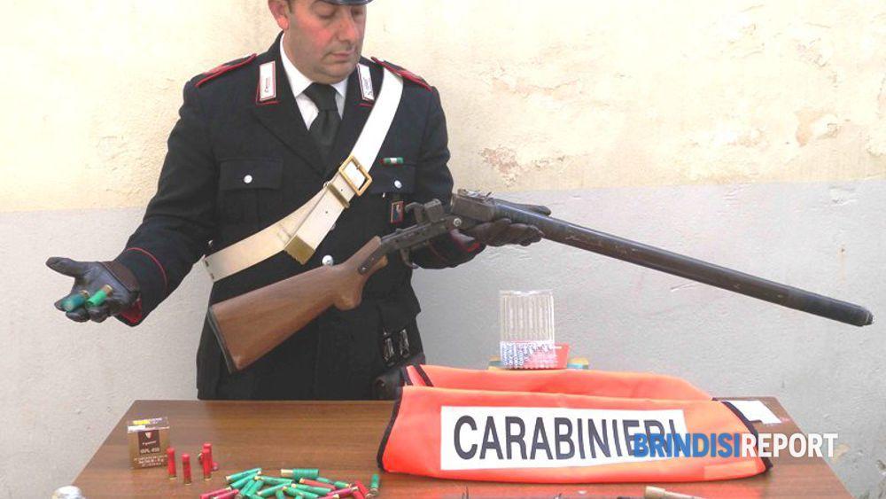 L'arma artigianale sequestrata al fabbro