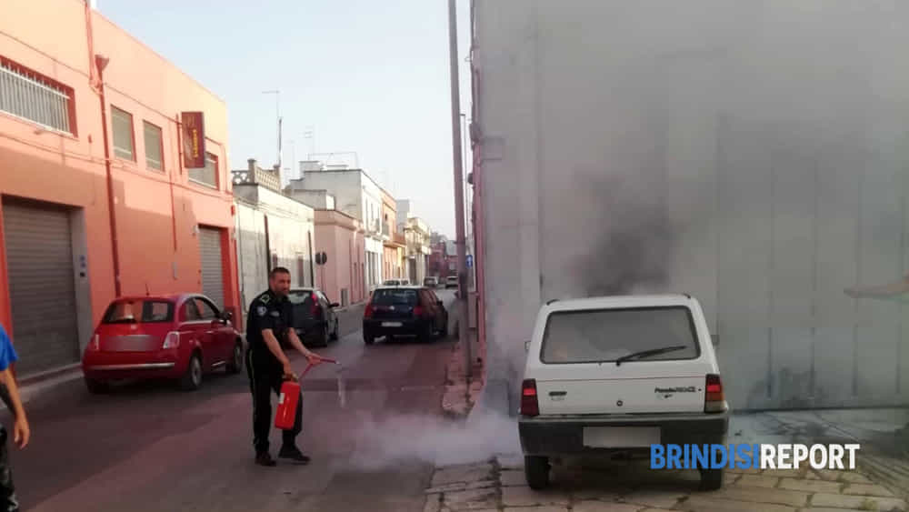 incendio auto san pietro via principe amedeo-2