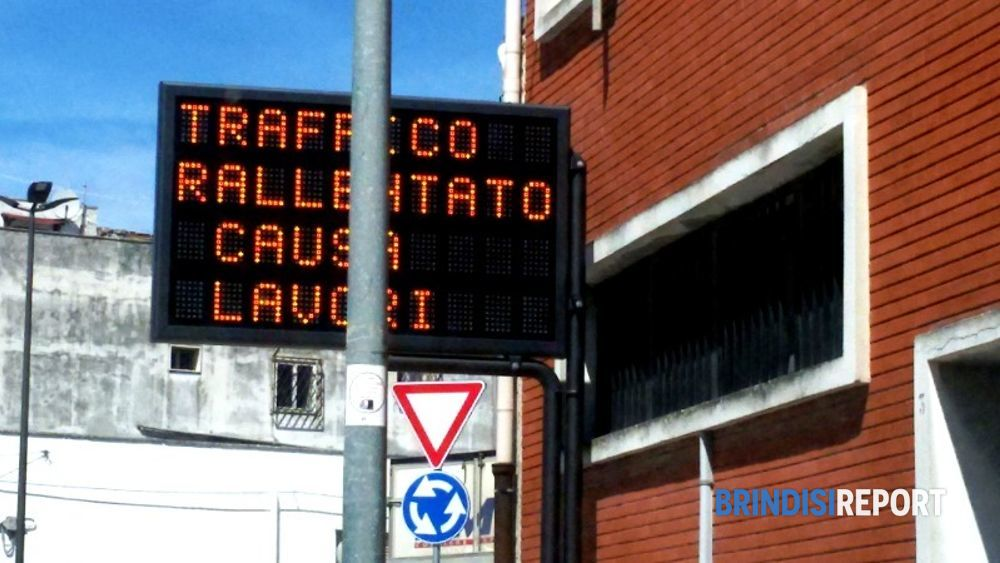 tabellone luminoso rotatoria via del mare-2