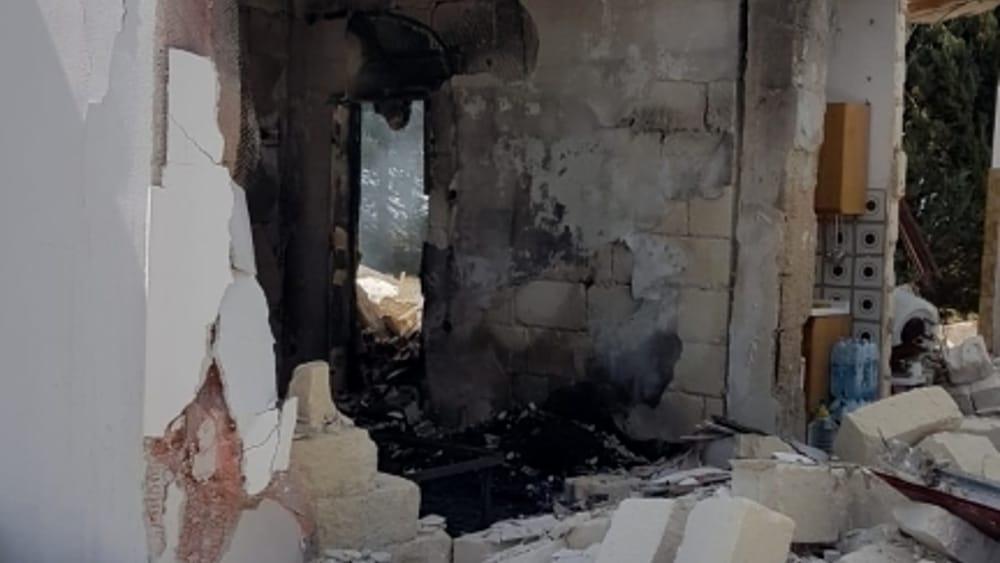 intervento vigili del fuoco esplosione villetta2