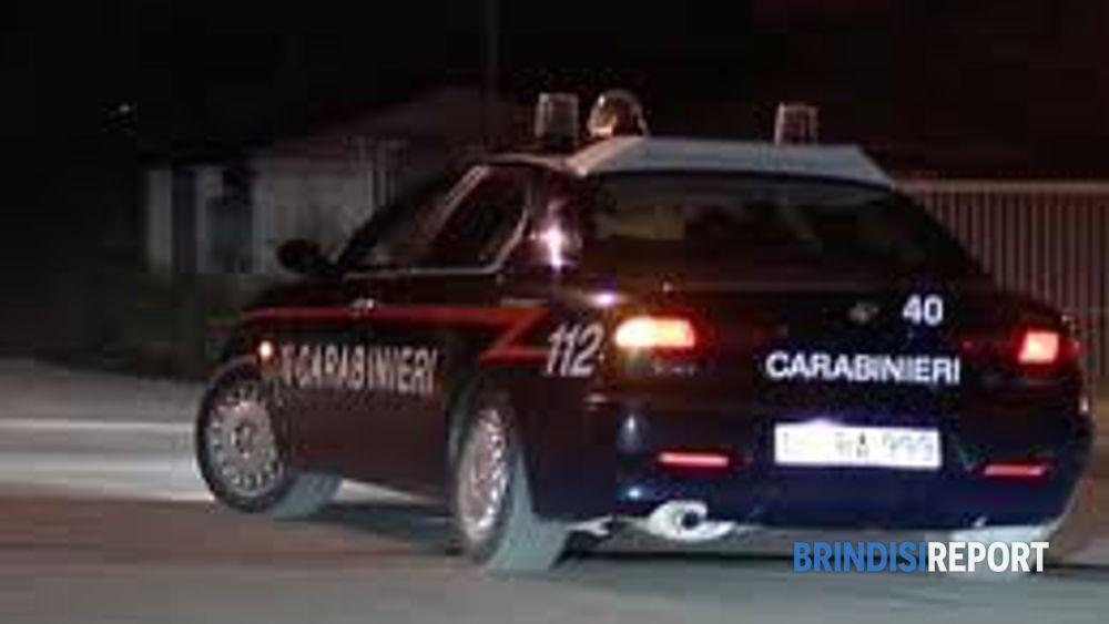 I carabinieri sul luogo dell'attentato