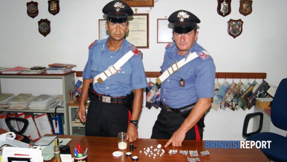 La coca sequestrata a Villa Castelli