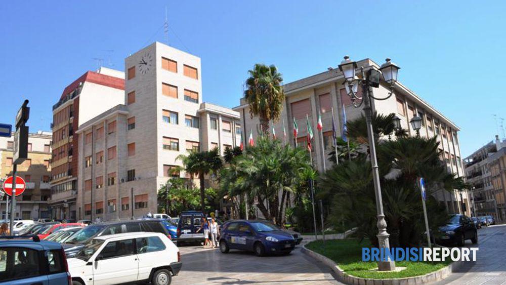 Il municipio di Brindisi