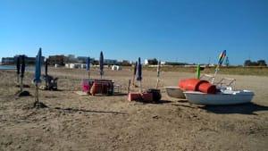 occupazione spiaggia libera torre s.gennaro (1)-2