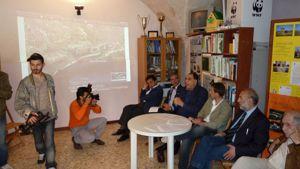 Una recente conferenza stampa del fronte del no al rigassificatore