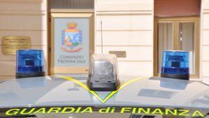 Il comando della Guardia di Finanza di Reggio Calabria