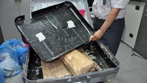 Il doppiofondo di una delle valigie