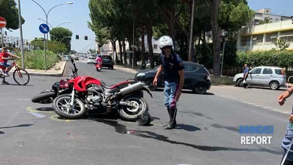 Incidente moto-moto viale Aldo Moro 3-2