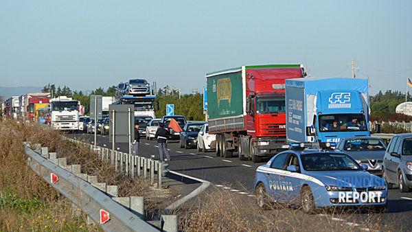 Traffico rallentato sulla Bari-Brindisi