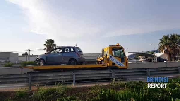 incidente ss7 taranto Brindisi-2