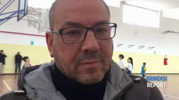 Mattinata di minibasket all'istituto Sant'Elia, con Maurizio Cremonini