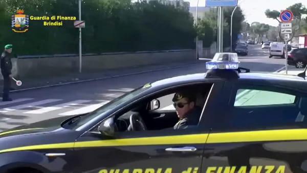 """""""Porte girevoli"""", furbetti del cartellino anche negli uffici della Regione a Brindisi"""