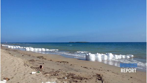 I sacchi di sabbia prelevati dal fondale