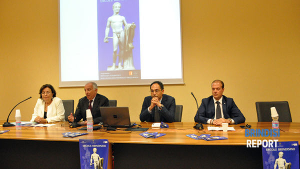 La conferenza stampa sull'Ercole tornato a Brindisi