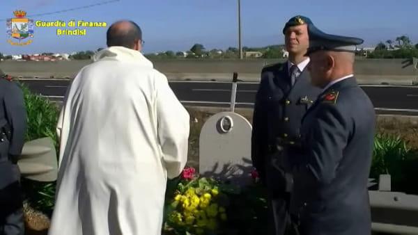 Cerimonia per ricordare il finanziere Fabio Perissinotto, caduto in servizio