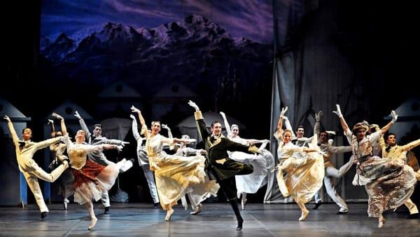 In arrivo «Illagodeicigni»: un classico della danza al teatro Verdi