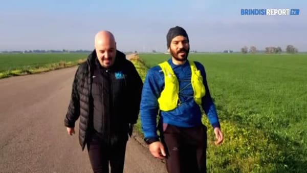 Il giro d'Italia di corsa: l'astrofisico runner fa tappa a Brindisi