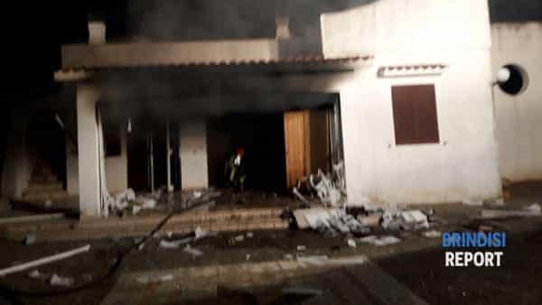 Esplosione villetta Ostuni Villanova 2-2