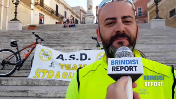 """Da Brindisi a Leuca, tour del Salento in bici: """"Così ricordiamo le vittime della strada"""""""