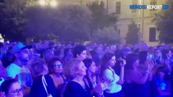 Brindisi chiede musica: un altro successo con il concerto di Raphael Gualazzi