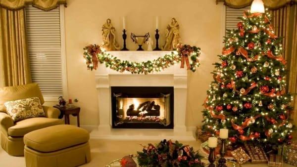 Estremamente Vediamo come a Brindisi possiamo addobbare il caminetto per il Natale QZ03