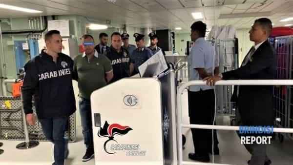 Foto arresto RILLO Andrea (in Genova)-2-2-2