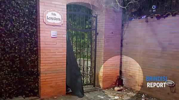 L'ingresso della villa di Luca Screti (3)-2