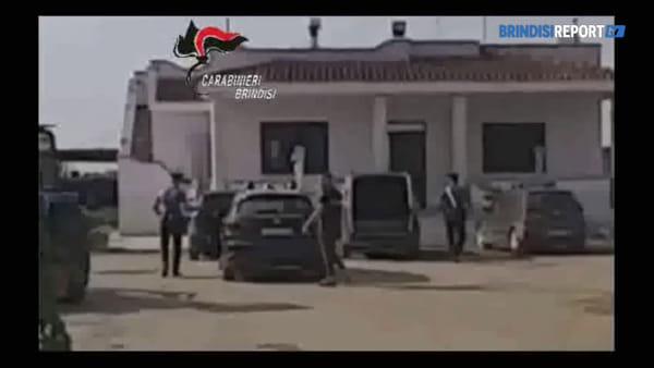 Pastore sfruttato: l'arrivo dei carabinieri nella masseria