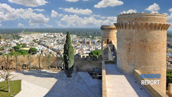 La città di Oria vista dal castello svevo