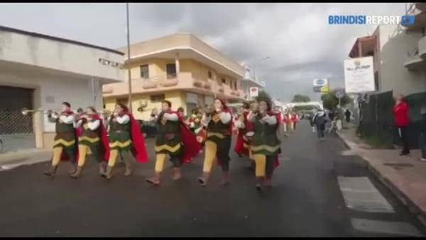 """Oltre 700 atleti per le vie di S.Pietro per la mezza maratona a per la """"Corri con Cesare"""""""