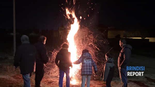 """Per """"I giorni del fuoco"""" due serate dedicate alla """"focara"""" a Brindisi"""
