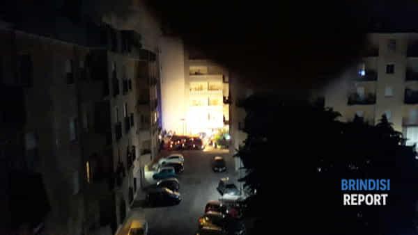 incendio appartamento via mantegna3-2
