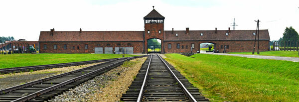 excursion-auschwitz-birkenau-2