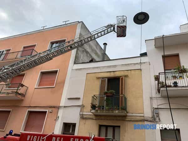 Incendio appartamento via Giovanni XXIII-5