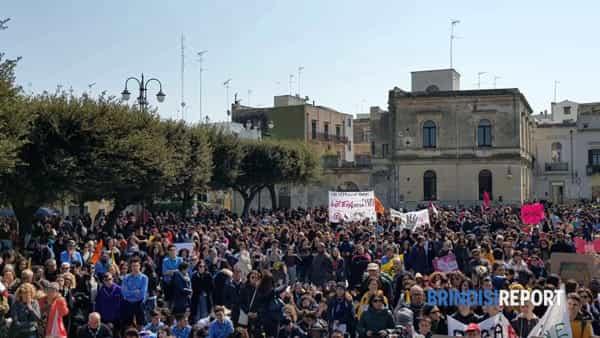 Manifestazione antimafia Libera, piazza Santa Teresa-2