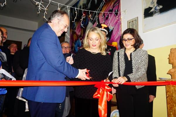 La preside Carmen Taurino insieme al sindaco Riccardo Rossi-2