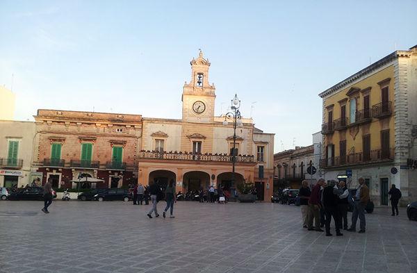 piazza Ciaia1-2