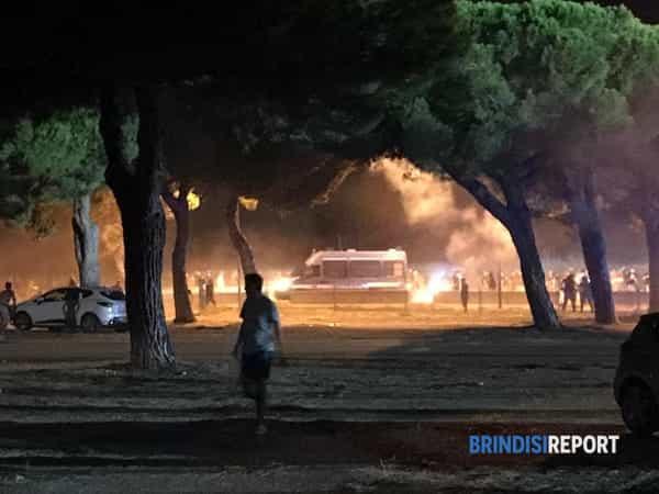 Scontri ultras Brindisi-Foggia-2