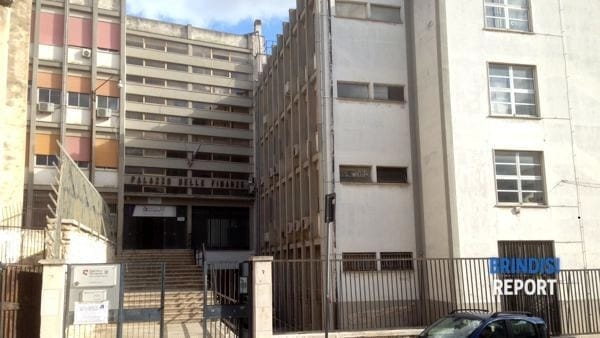 vecchia sede agenzia delle entrate (via nazauro sauro)-2-2-2
