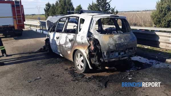 incendio auto statale 7.2-2
