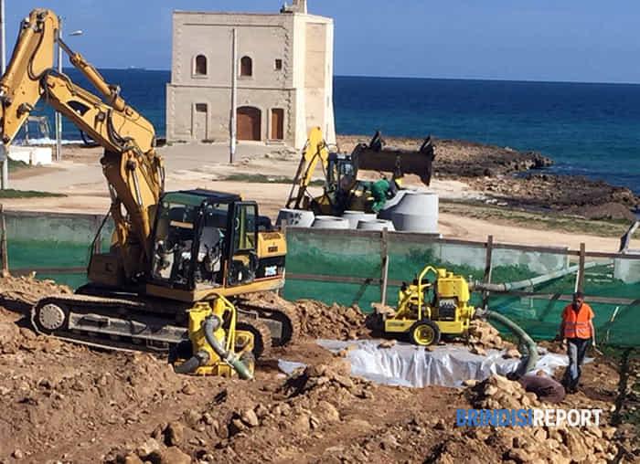 ripresa lavori cantiere vasca liquami Pilone e scarico fanghiglia in mare-2