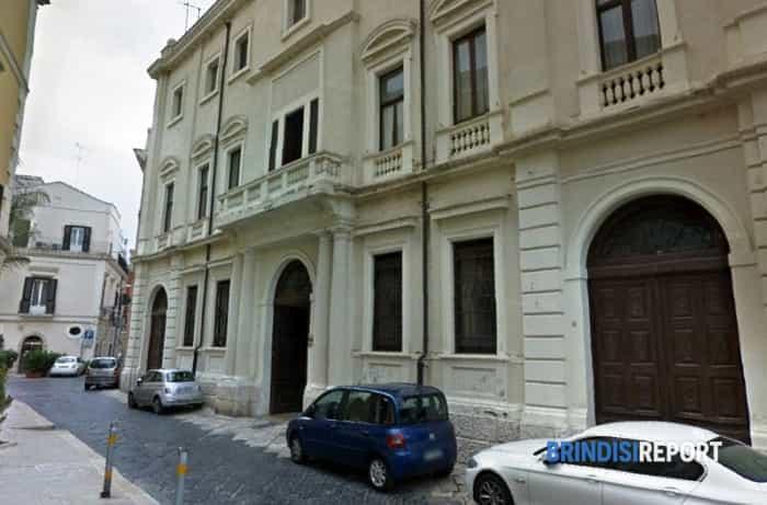 La sede della Provincia di Brindisi-2