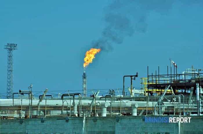 Torcia petrolchimico in azione - Pomeriggio 8 aprile 2014_3-2-2-2