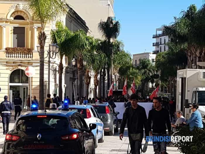 manifestazione studenti Brindisi 8 novembre 2019 - 2-2