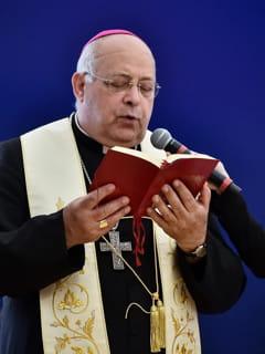 Il vescovo Domenico Caliandro-2