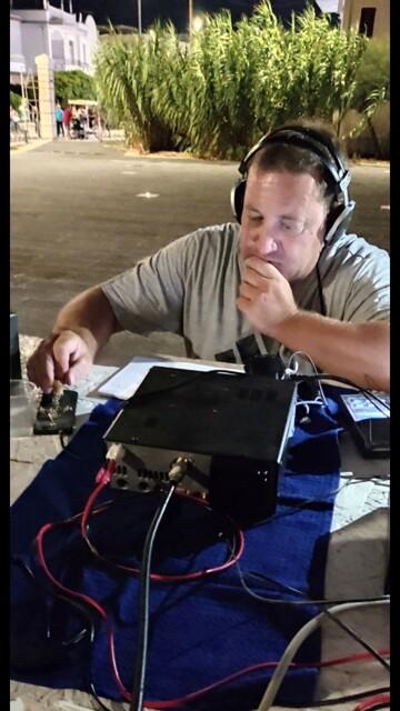 Ari Brindisi - un radioamatore-2